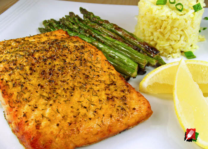 Grilled Salmon with Asparagus and Rice