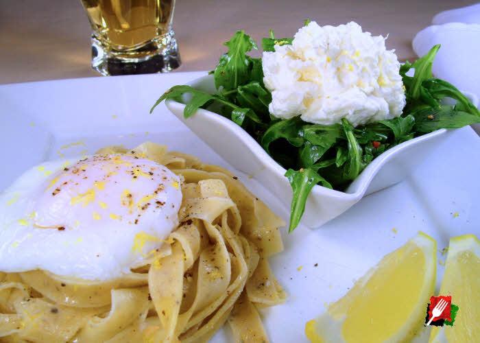 Poached Eggs Over Lemon Pepper Pasta
